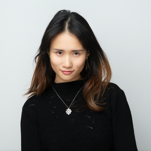 Mia Deng is a partner at Dragonfly Capital, a global, crypto-native investment firm with deep roots in Silicon Valley and Asia. Dragonfly has over $1B AUM and is one of the fastest-growing firms in the crypto industry. Previously, Mia was a founding member at Amber Group, a crypto unicorn company.